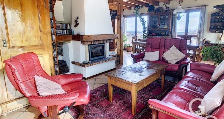Villa de caractère avec cachet, luminosité et vue image 6