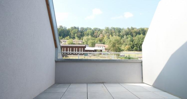 Magnifique 3,5p + mezzanine // 2 chambres // 2 SDB // Balcon - Vue  image 3