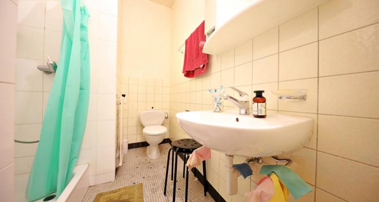 Magnifique appart 3,5 p / 2 chambres / 1 SDB / plein centre image 5