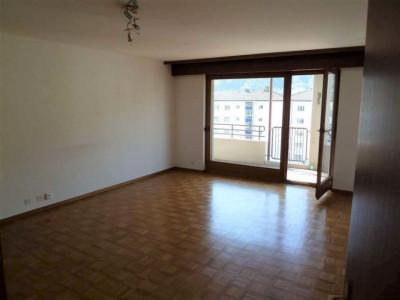 Beau 3.5 pièces / 2 salles deau / 1 véranda / balcon sud image 1