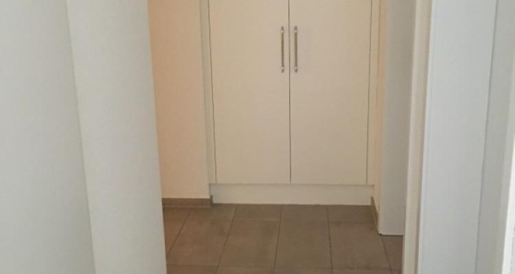 Très bel et lumineux appartement de 4.5 pièces, 95 m², à Gimel image 4
