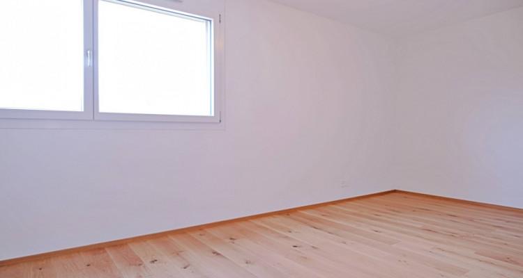 Magnifique appart 3,5 p / 2 chambres / 2 SDB / balcon avec vue image 4