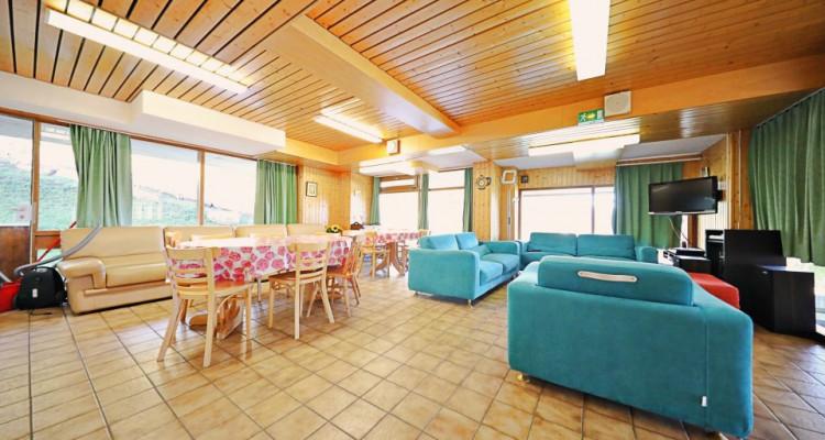 Logement au pied des pistes  15 p / 12 chambres / 2 SDB / 2 cuisines image 3