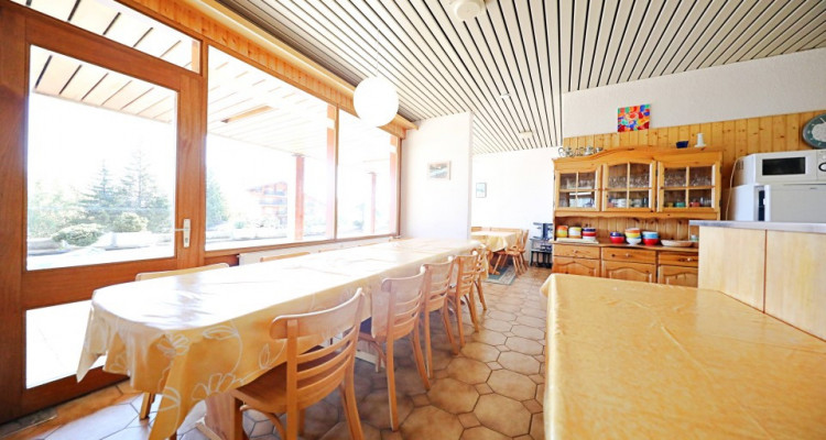 Logement au pied des pistes  15 p / 12 chambres / 2 SDB / 2 cuisines image 5