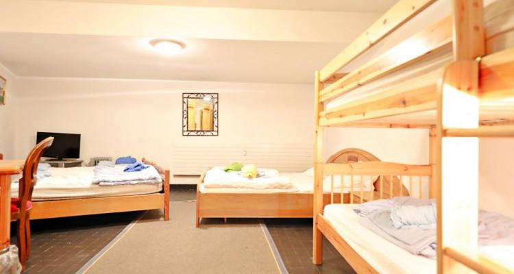 Logement au pied des pistes  15 p / 12 chambres / 2 SDB / 2 cuisines image 7