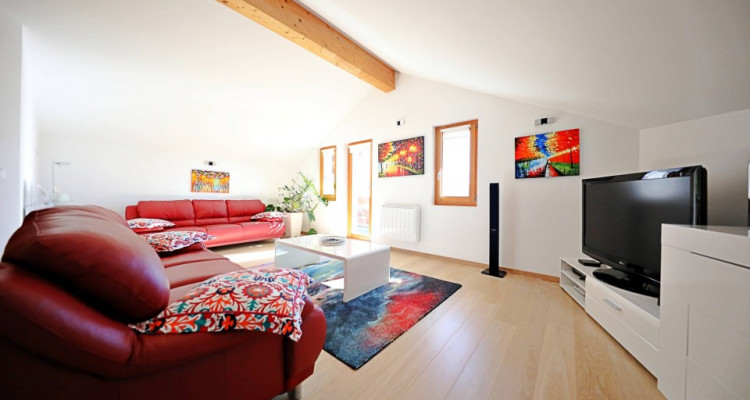 Superbe chalet // 2 appartements // avec vue imprenable  image 2