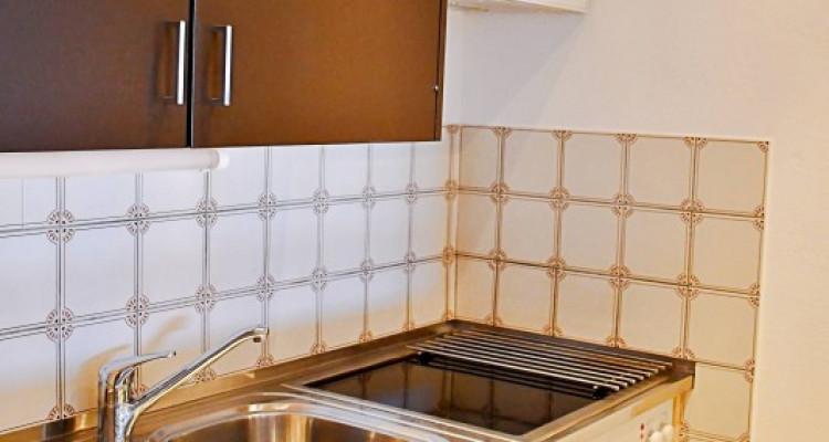 Magnifique appart 2,5 p / 1 chambre / 2 SDB / balcon avec vue image 3