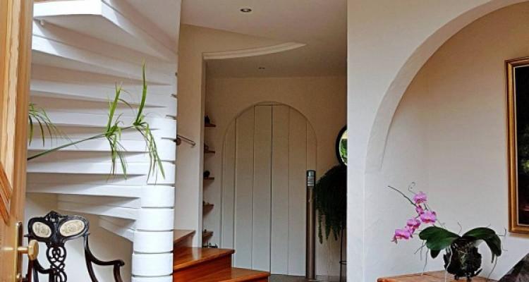 Superbe villa individuelle 8 p / 5 chambres / 4 SDB / piscine / vue image 6