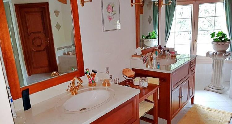 Superbe villa individuelle 8 p / 5 chambres / 4 SDB / piscine / vue image 12