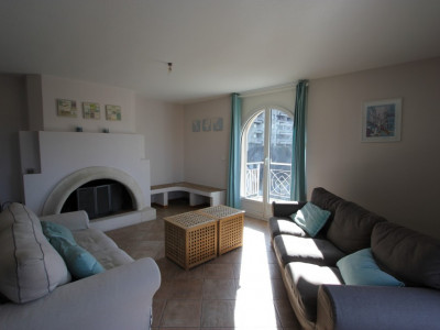 Appartement meublé de 5.5 pièces au 4ème étage idéal pour colocation image 1