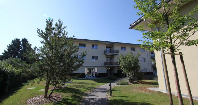 1 magnifique appartement de 2.5 pièces de 51.7 m2 au 1er étage image 1