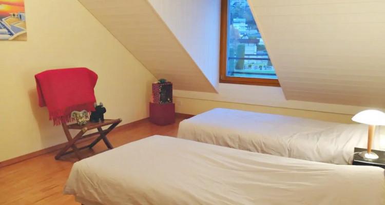 Magnifique duplex en attique 4,5 p/  terrasse / vue lac et montagnes  image 5