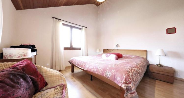 Splendide maison mitoyenne / 5 chambres / 3 salles de bains / Jardin  image 5