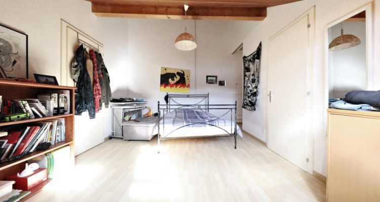 Splendide maison mitoyenne / 5 chambres / 3 salles de bains / Jardin  image 10