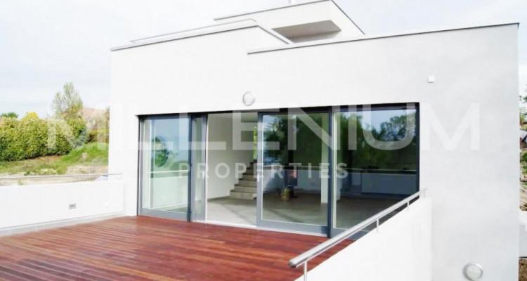 Belle maison 8P moderne avec vue Lac image 4