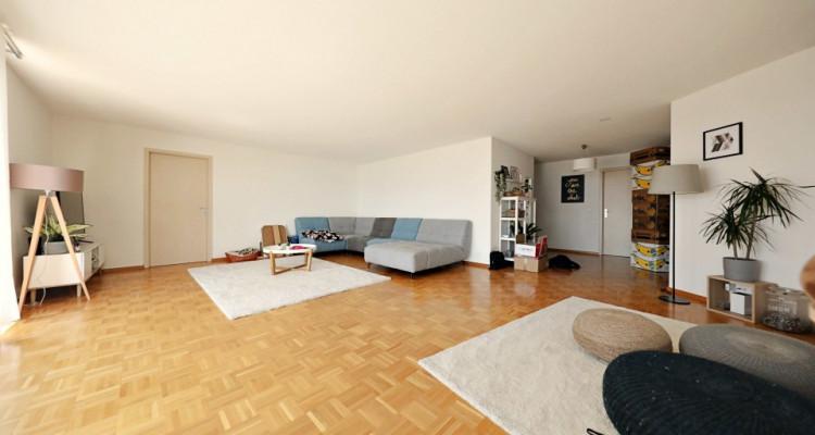 Magnifique appartement 7 pièces, vue lac, grand balcon à Chardonne image 1