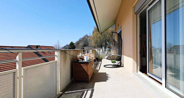 Magnifique appartement 7 pièces, vue lac, grand balcon à Chardonne image 4
