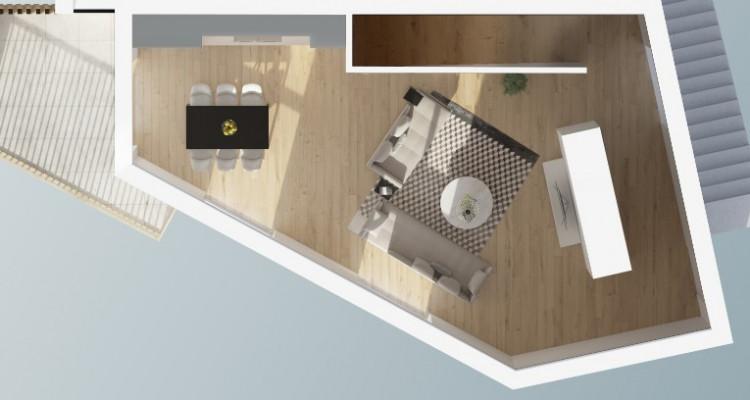 FOTI IMMO - Grand duplex dans les combles de 4,5 pièces avec balcon. image 5