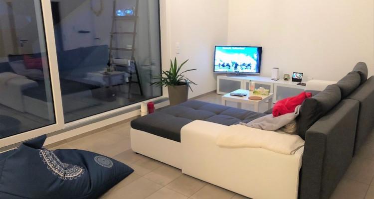 Grand et lumineux appartement de 3.5 pièces à Gimel image 2