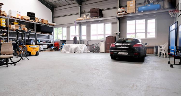 Locaux, atelier, dépot, salle d'exposition. image 4