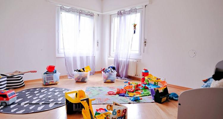 Magnifique appart 2,5 p / 1 chambre / 1 SDB / avec balcon. image 1
