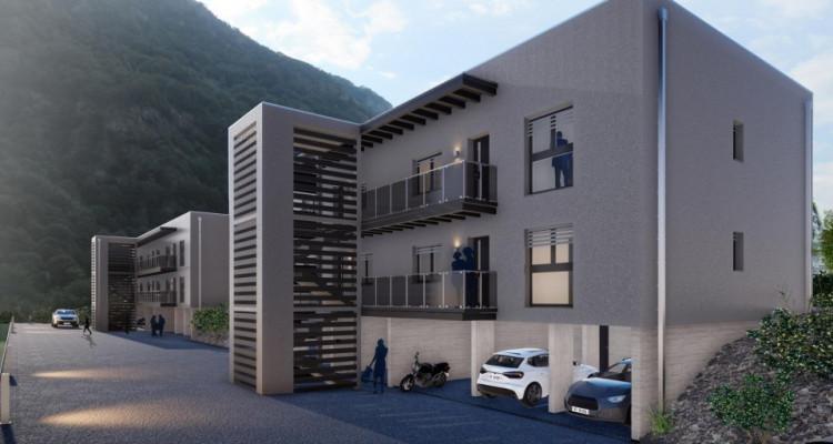 FOTI IMMO - Appartement en attique de 2,5 pièces avec terrasse. image 1