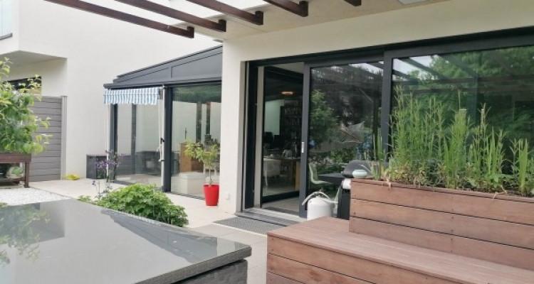 En exclusivité magnifique villa jumelle HPE à Versoix     image 1