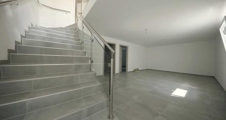 VISITE 3D // Magnifique maison neuve de 141 m2 avec jardin  image 9