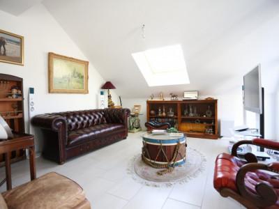 Splendide 4,5 pièces / 3 chambres / 2 salles de bains / Balcon 13m2 image 1