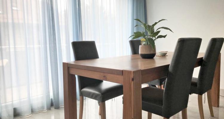 Magnifique appartement de 3.5 pièces / 2 chambres / 1 balcon / vue  image 2