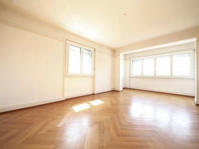 Centre ville //  Magnifique appartement de 96 m2 / Très beau parquet image 1