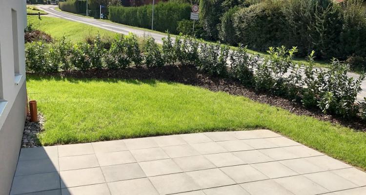 Magnifique rez-de-jardin 3,5p // 2 chambres // Jardin 100m² image 7