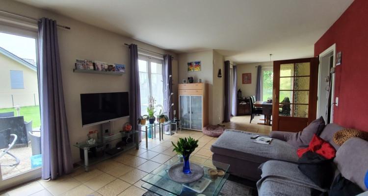 EXCLUSIVITE : Agréable maison familiale avec grand jardin clôturé image 3