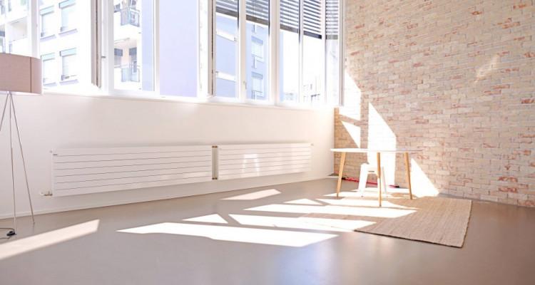 Magnifique loft 2,5 p / 1 chambre / 1 SDB / centre ville image 2