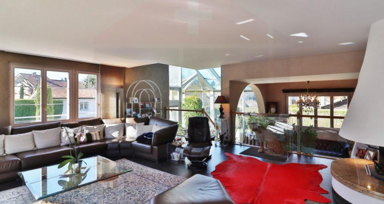 Superbe maison individuelle avec piscine - 5 chambres image 2