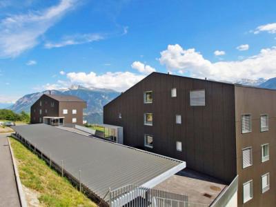 FOTI IMMO - Appartement en attique de 2 pièces avec splendide vue ! image 1