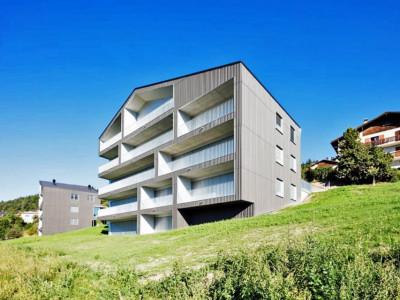 FOTI IMMO - Pour investisseur, appartement en attique de 2 pièces. image 1