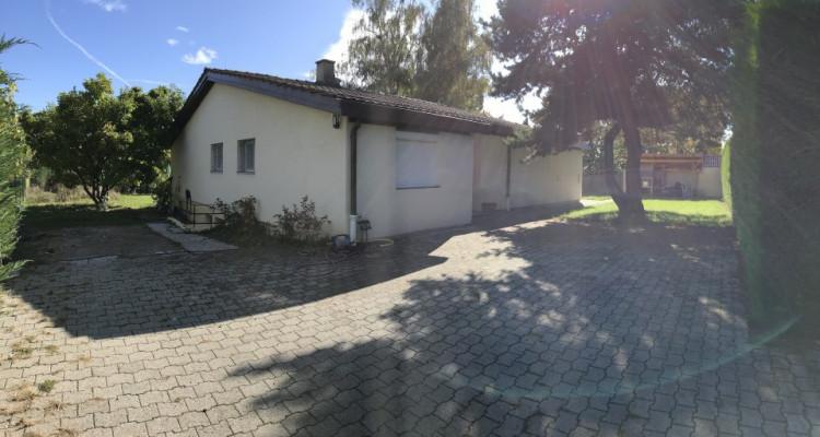 Villa de plain-pied entièrement rénovée image 2