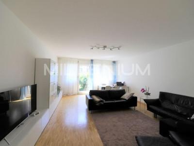 Appartement duplex rénové de 5.5 pièces avec jardin à Genève image 1