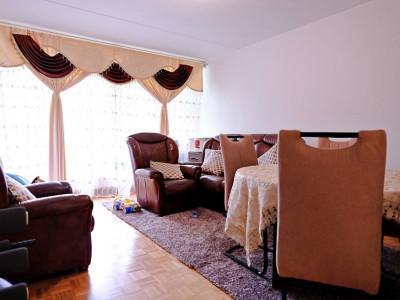 Magnifique appart 2,5 p / 1 chambre / 1 SDB / avec balcons image 1