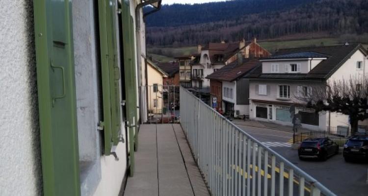 Maison de village de 3 appartements  image 1