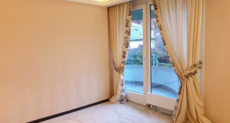 Appartement de 4 pièces tout option à Frontenex image 3