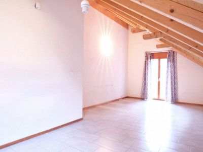 Magnifique appartement en attique de 3 pièces à Lavey-les-Bains image 1