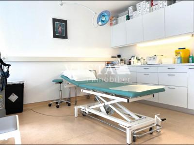 LUTRY BOURG : Cabinet médical | Bureaux à louer image 1