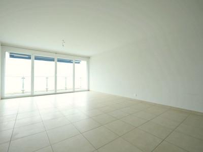 VISITE 3D // Magnifique 4,5 pièces / 3 chambres / 1 balcon  image 1