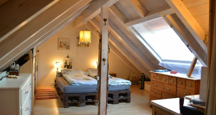 Belle maison mitoyenne à Auboranges (FR) image 5