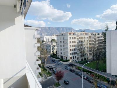 Bel appartement meublé 2 pièces à Champel    image 1