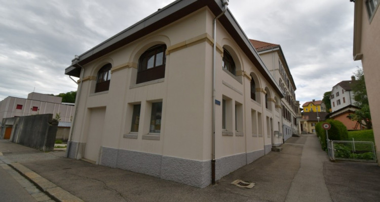 Immeubles locatifs avec garage image 3