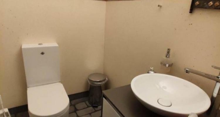 FRIBOURG - Surfaces artisanales avec bureaux et grands dépôts image 8