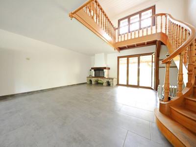 Magnifique appart 4,5 p / 3 chambres / 1 SDB / balcon / jardin image 1